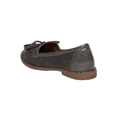 KetImporta grey slip on loafers