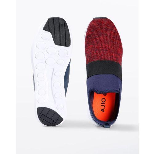 AJIO Textured Slip-On Sports Shoes