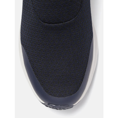HRX by Hrithik Roshan Men Navy Blue Solid Soft Walking Shoes