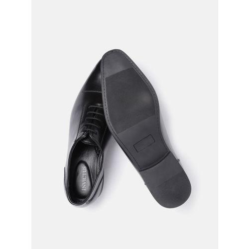 INVICTUS Men Black Solid Formal Oxfords