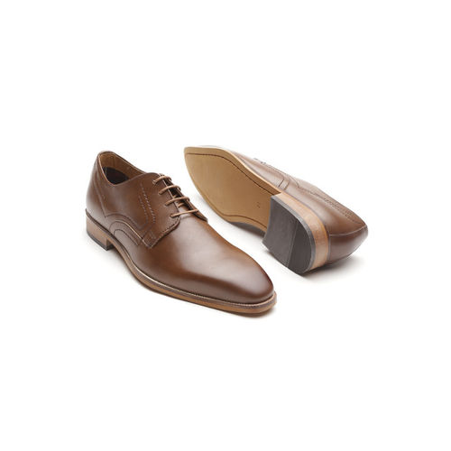 INVICTUS Men Brown Derbys