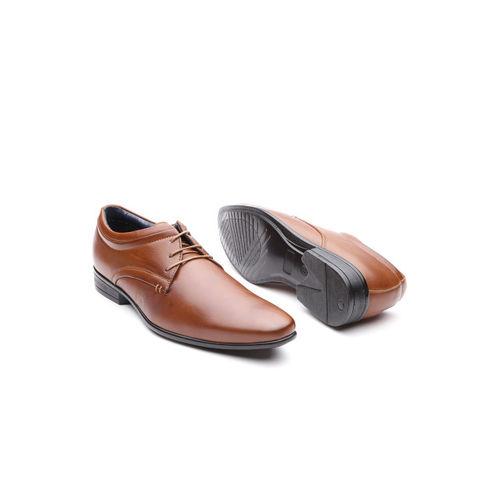 INVICTUS Men Brown Solid Formal Derbys