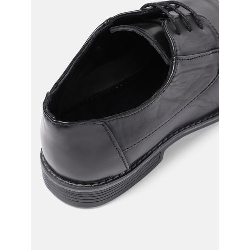 INVICTUS Men Black Solid Formal Derbys