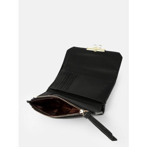 DressBerry Women Black Solid Three Fold Wallet