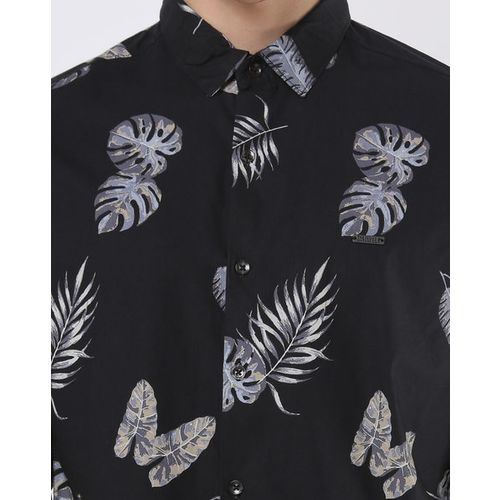 The Indian Garage Co Tropical Print Shirt with Curved Hemline