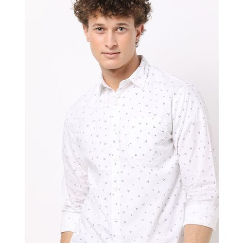 AJIO Printed Slim Fit Shirt with Patch Pocket