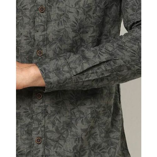 The Indian Garage Co Tropical Print Slim Fit with Welt Pocket