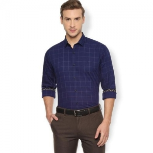 VAN HEUSEN Checked Slim Fit Shirt with Spread Collar