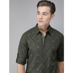 Roadster Men Olive Green & White Regular Fit Printed Casual Shirt