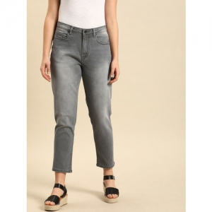 ether Women Grey Boyfriend Fit Mid-Rise Low Distress Stretchable Cropped Jeans