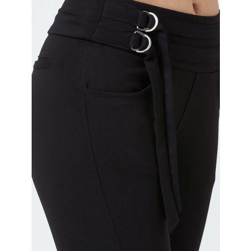 Devis Women Black Solid Regular Fit Treggings