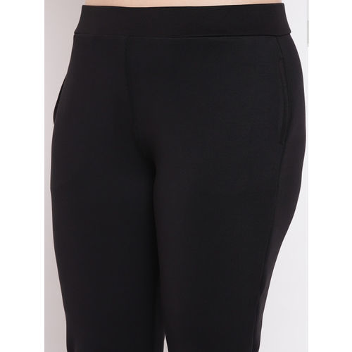 The Pink Moon Women Black solid Tights