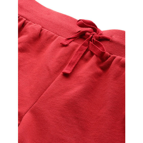 DressBerry Women Red Solid Regular Fit Sports Shorts