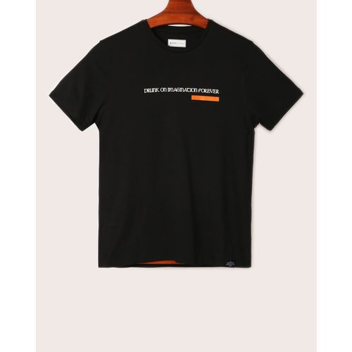 AJIO Typographic Print Slim Fit T-shirt