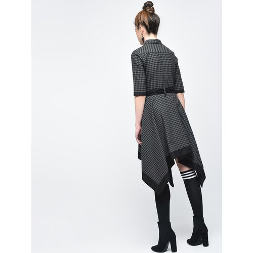 Inuka asymmetric tie belted checkered dress