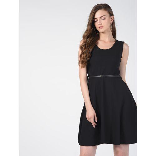 SOHO round neck pleated belt dress