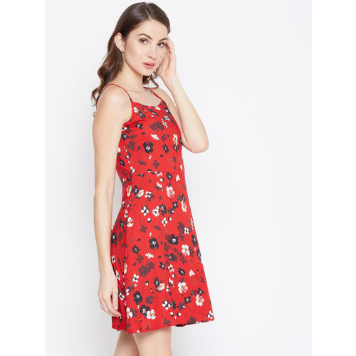 Berrylush Women Red & White Floral Print Fit and Flare Dress