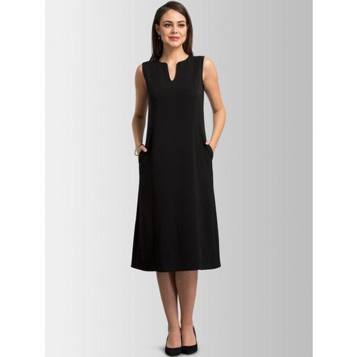 FableStreet Women Black Solid A-Line Anti-Wrinkle Dress