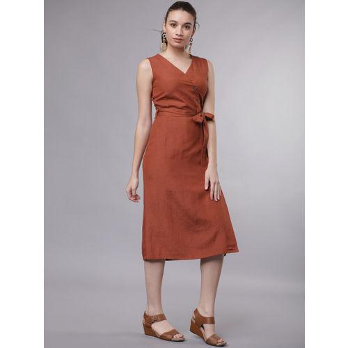 Tokyo Talkies Women Rust Solid Wrap Dress