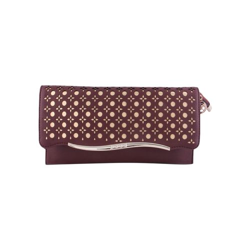 Kleio brown leatherette clutch