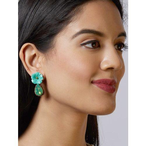 Pipa Bella green drop earring