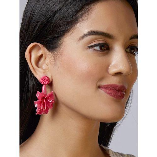 Pipa Bella pink plastic drop earring