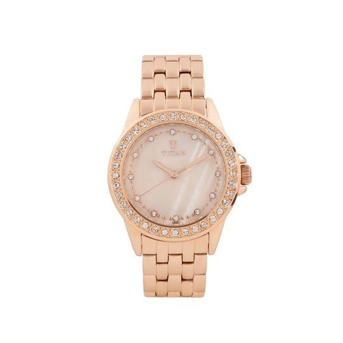 titan gold dial analog watch for women - 9798wm01
