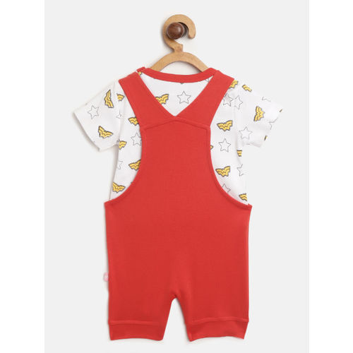 Moms Love Girls White & Red Printed T-shirt with Dungarees