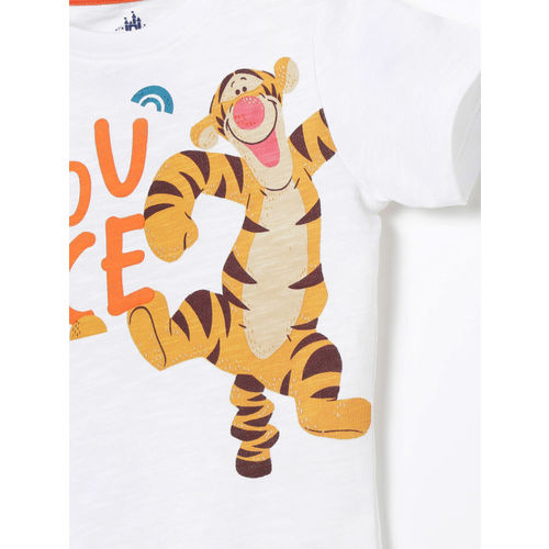 Juniors by Lifestyle Boys White Tigger Printed Round Neck T-shirt