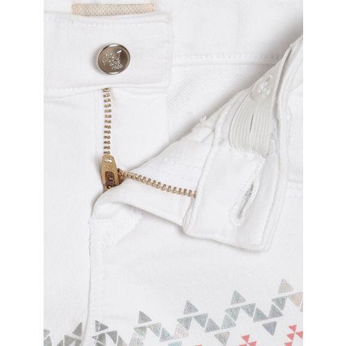 Gini and Jony Girls White Solid Regular Fit Regular Shorts