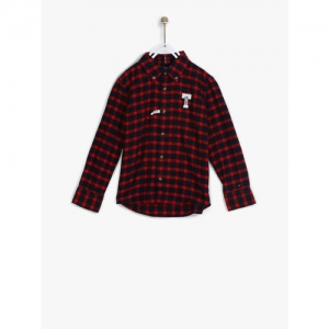 Tommy Hilfiger Boys Red & Navy Blue Regular Fit Checked Casual Shirt
