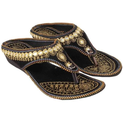 Kesar Designs Girls Slip-on Flats(Gold)