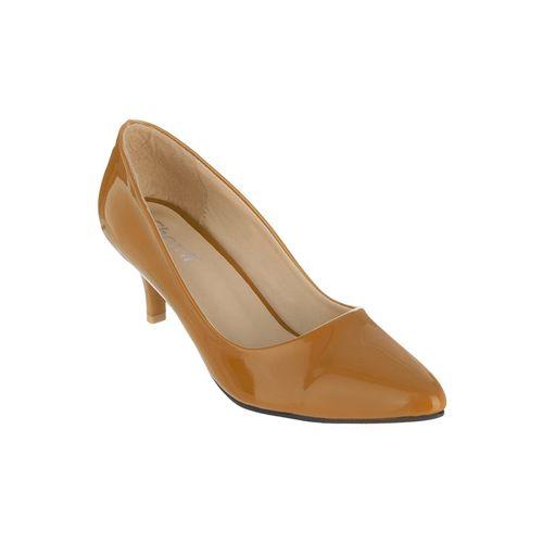 Sherrif Shoes tan faux leather slip on pumps