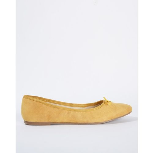 Carlton London Textured Ballerinas with Bow Accent