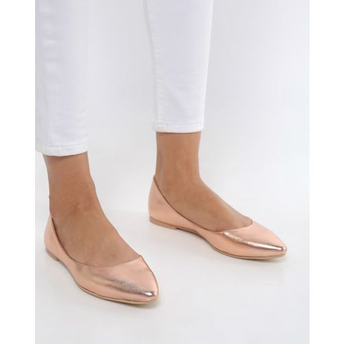 AJIO Pointed-Toe Flat Shoes