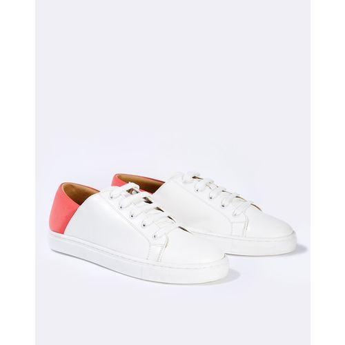 AJIO Lace-Up Casual Shoes with Contrast Panel