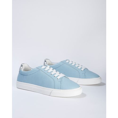 AJIO Textured Lace-Up Shoes with Contrast Outsole