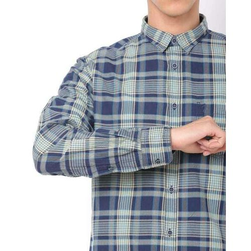 INDIAN TERRAIN Checked Chiseled Fit Shirt with Patch Pocket