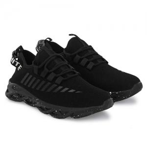 Buy latest Men's Sports Shoes Below