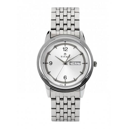 Titan 1638SM01 Round Stainless Steel Analog Watch