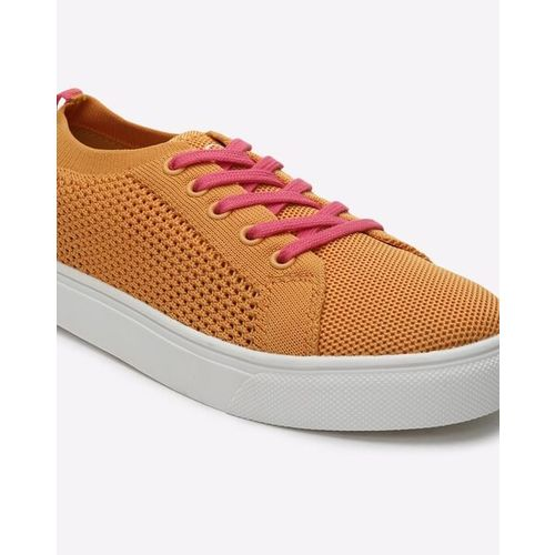 UNITED COLORS OF BENETTON Lace-Up Sneakers with Contrast Outsole