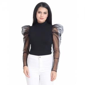 BUYNEWTREND Black Solid Slim Fit Top