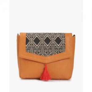 Kanvas Katha Sling Bag with Flap Closure