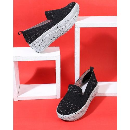 Everqupid Printed Slip-On Casual Shoes