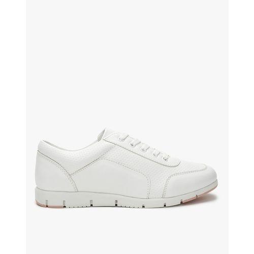 Uniquest Mid-Top Lace-Up Shoes