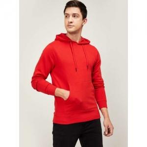 DENIMIZE Men Solid Hooded Sweatshirt