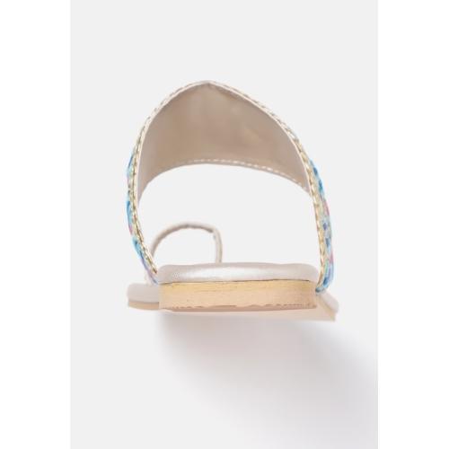 Printed Toe-Ring Sandals