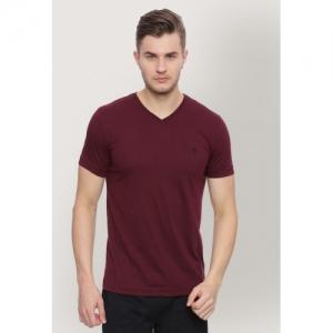 Van Heusen Men Maroon Solid V-Neck T-shirt