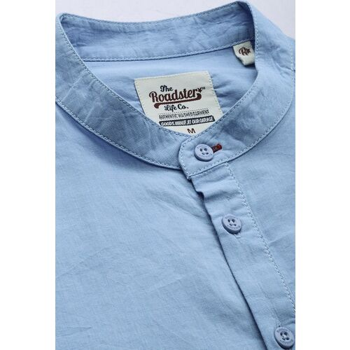 Roadster Men Blue Regular Fit Solid Casual Shirt With Half Button Placket