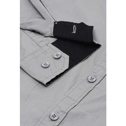 Roadster Men Grey Regular Fit Solid Casual Shirt